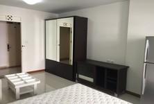 For Rent Condo 30 sqm in Huai Khwang, Bangkok, Thailand