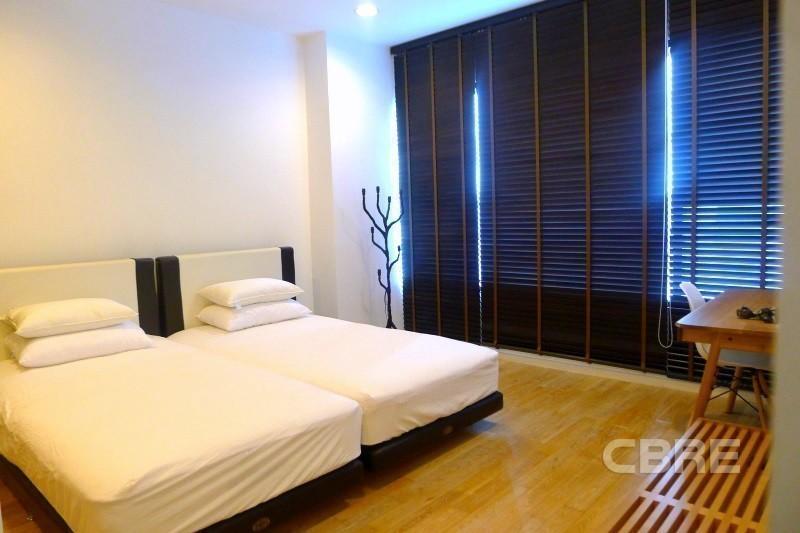 The Royal Maneeya - Продажа: Кондо c 1 спальней возле станции BTS Chit Lom, Bangkok, Таиланд | Ref. TH-MJGNFQXH