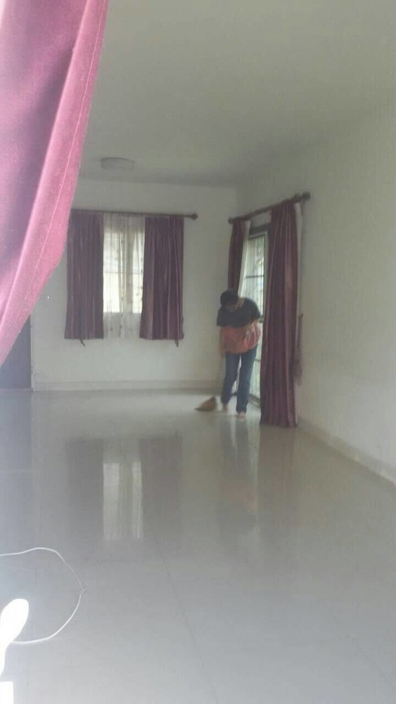 For Sale 3 Beds タウンハウス in Thanyaburi, Pathum Thani, Thailand   Ref. TH-GJRLHOHF