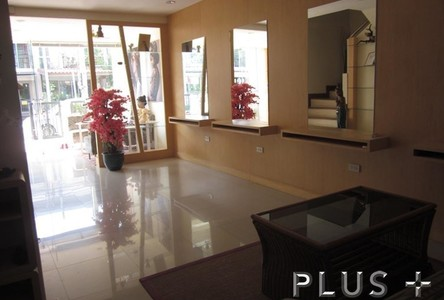 For Sale 2 Beds Townhouse in Phuket, South, Thailand