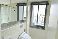 For Sale 2 Beds コンド Near BTS Phrom Phong, Central, Thailand