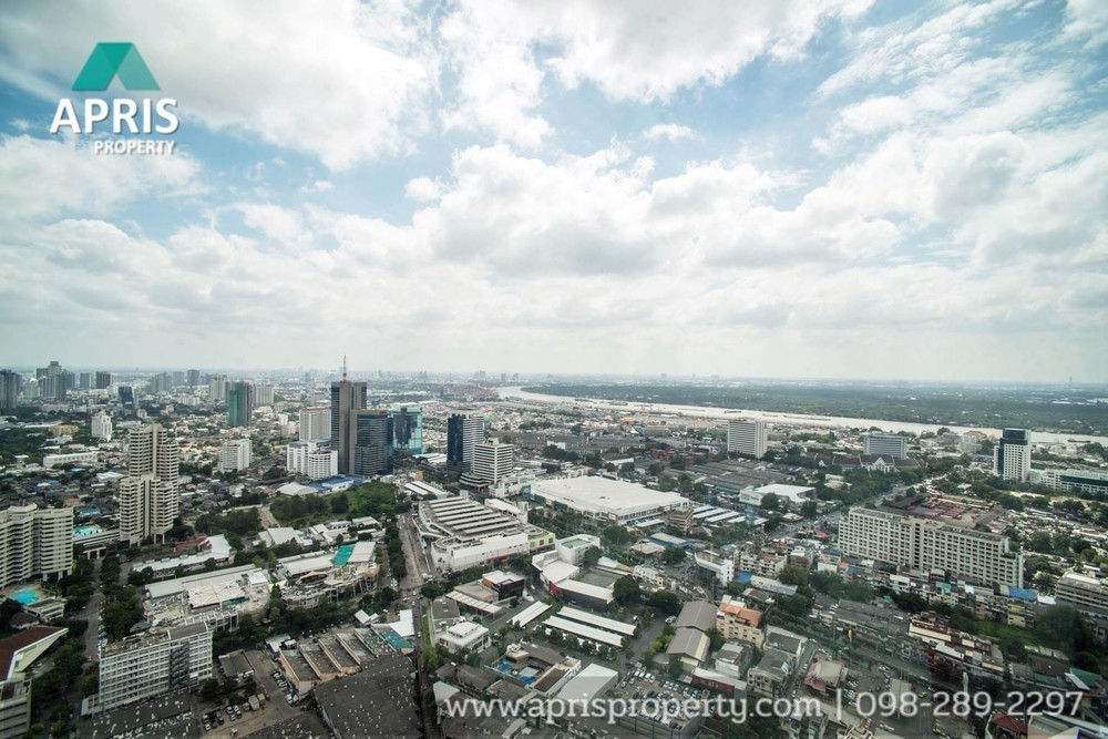 The Lumpini 24 - For Sale 3 Beds Condo in Khlong Toei, Bangkok, Thailand | Ref. TH-OBGSWLUJ