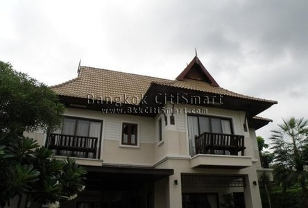 For Rent 4 Beds 一戸建て in Pak Kret, Nonthaburi, Thailand