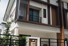 For Rent 3 Beds タウンハウス in Lam Luk Ka, Pathum Thani, Thailand