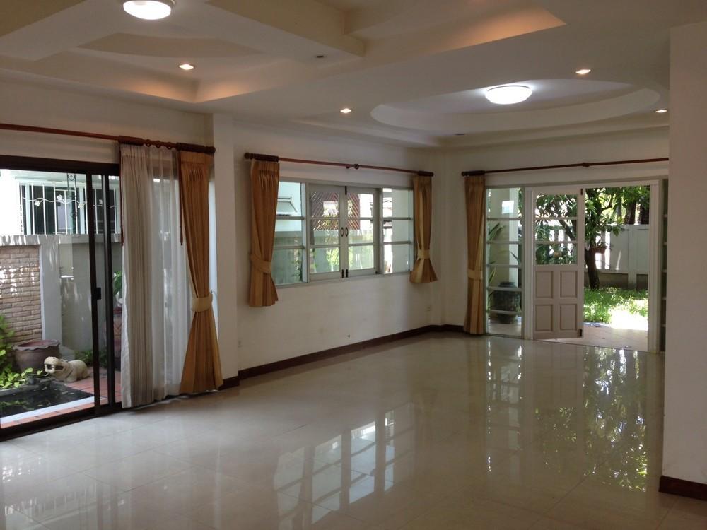 ให้เช่า บ้านเดี่ยว 3 ห้องนอน ลาดพร้าว กรุงเทพฯ | Ref. TH-JDXIBNRM