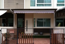 For Sale 3 Beds Townhouse in Bang Kapi, Bangkok, Thailand