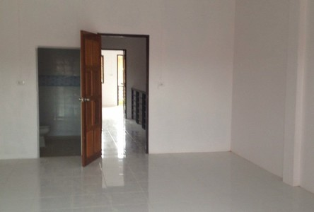 For Rent 2 Beds Townhouse in Phanom, Surat Thani, Thailand
