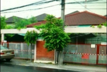 For Sale or Rent 3 Beds House in Sai Mai, Bangkok, Thailand