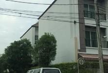 For Sale 3 Beds Condo in Bang Na, Bangkok, Thailand