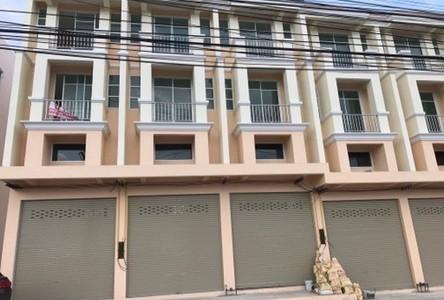For Sale 3 Beds Shophouse in Pluak Daeng, Rayong, Thailand