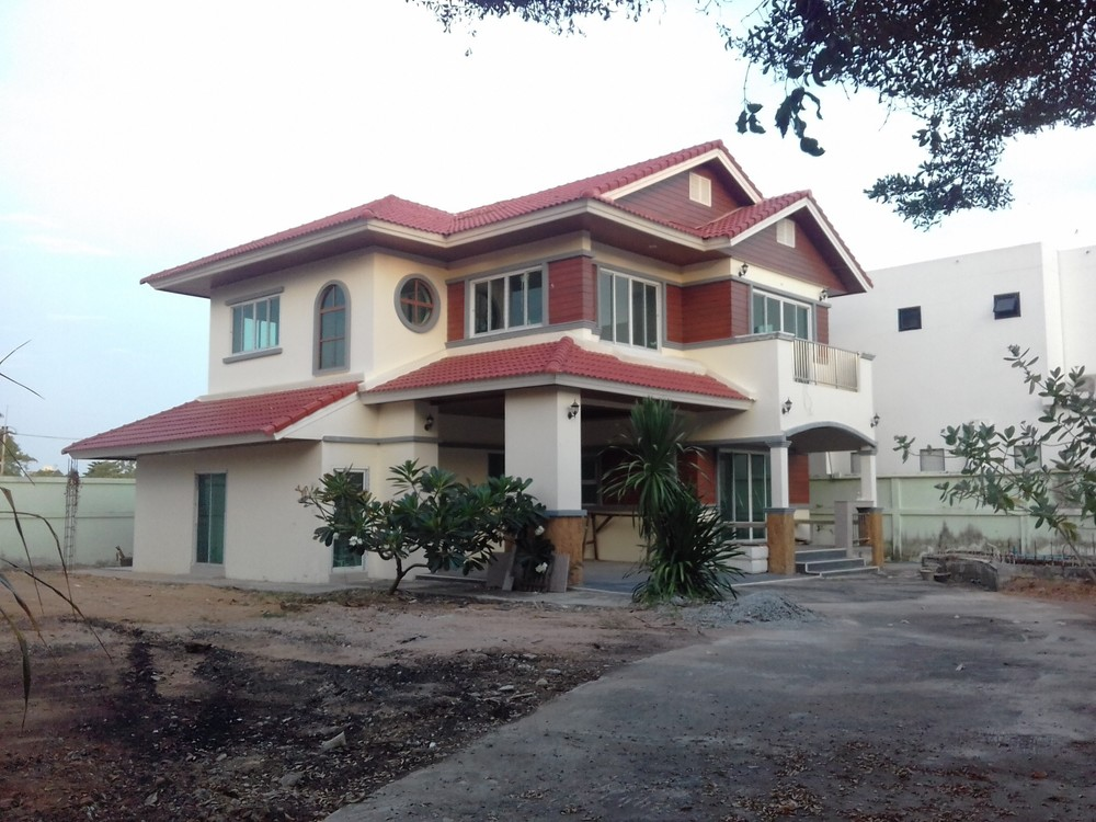 For Sale 4 Beds 一戸建て in Bang Lamung, Chonburi, Thailand | Ref. TH-TUDFGCGM