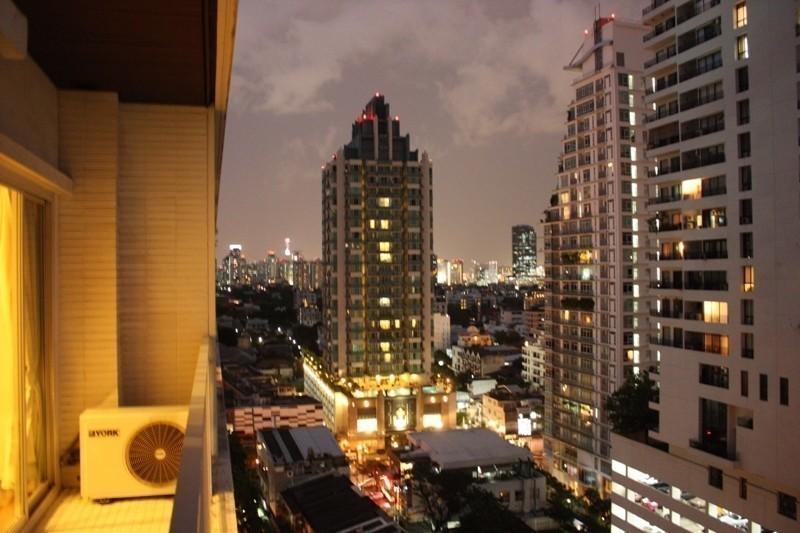 ให้เช่า คอนโด 2 ห้องนอน วัฒนา กรุงเทพฯ | Ref. TH-IOVUHOFV