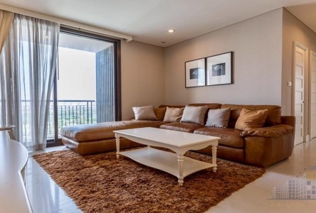 For Rent 3 Beds Condo in Khlong Toei, Bangkok, Thailand