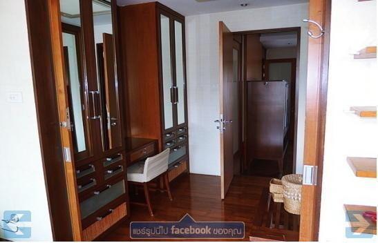 Продажа: Таунхаус с 3 спальнями в районе Watthana, Bangkok, Таиланд | Ref. TH-SFYMASUJ