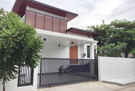 For Sale 3 Beds 一戸建て in Lat Phrao, Bangkok, Thailand