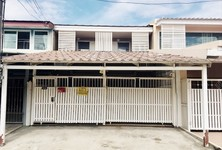 For Rent 4 Beds Townhouse in Prawet, Bangkok, Thailand