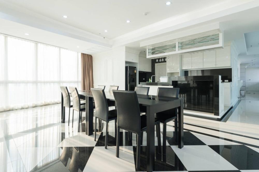 Millennium Residence - В аренду: Кондо с 4 спальнями в районе Khlong Toei, Bangkok, Таиланд   Ref. TH-KHIHZIOV