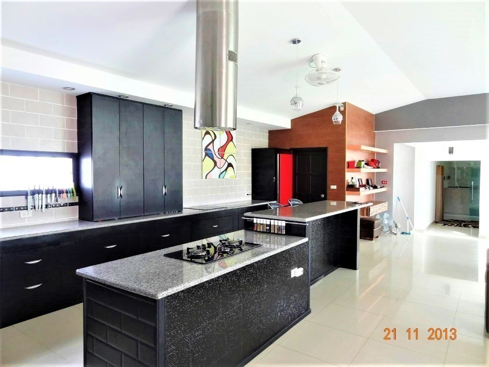 For Sale 4 Beds 一戸建て in Bang Lamung, Chonburi, Thailand | Ref. TH-AGMQSGEV