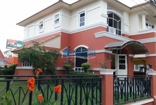 В аренду: Кондо с 4 спальнями в районе Bang Lamung, Chonburi, Таиланд
