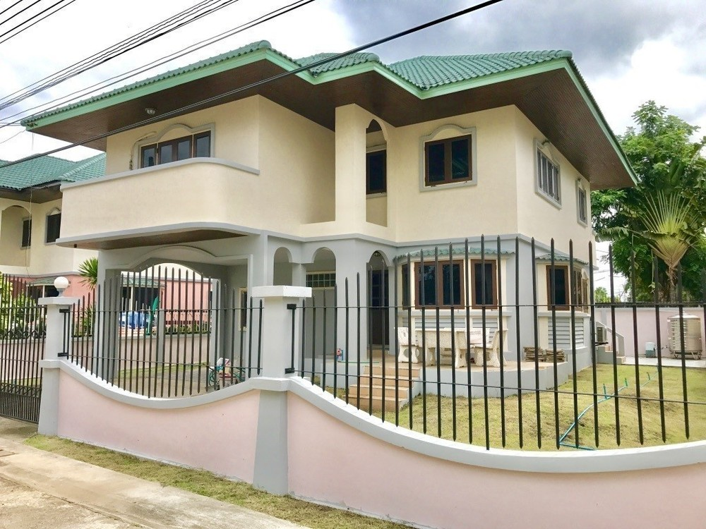 For Sale 3 Beds 一戸建て in Mueang Nakhon Sawan, Nakhon Sawan, Thailand | Ref. TH-PRARSZGP