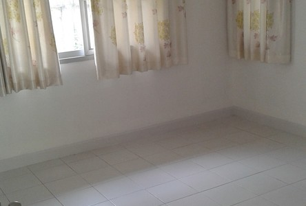 For Rent 2 Beds House in Khlong Toei, Bangkok, Thailand