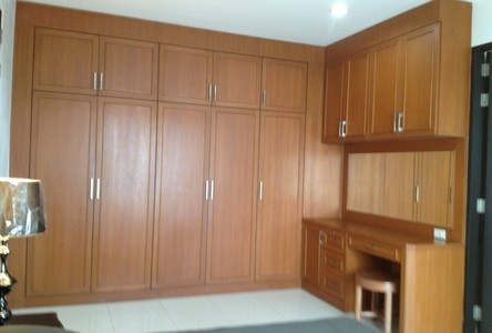 For Rent 3 Beds Condo Near BTS Asok, Central, Thailand
