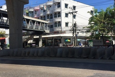 For Rent Shophouse 550 sqm in Phasi Charoen, Bangkok, Thailand
