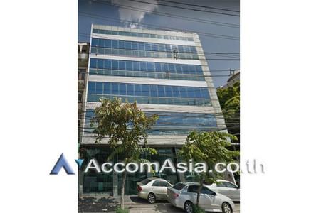 В аренду: Торговое помещение 140 кв.м. в районе Bangkok, Central, Таиланд