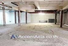 В аренду: Торговое помещение 130 кв.м. в районе Bangkok, Central, Таиланд