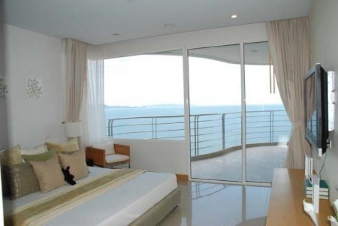 ลา รอยัล - ขาย คอนโด 3 ห้องนอน บางละมุง ชลบุรี | Ref. TH-PKHJAUWZ