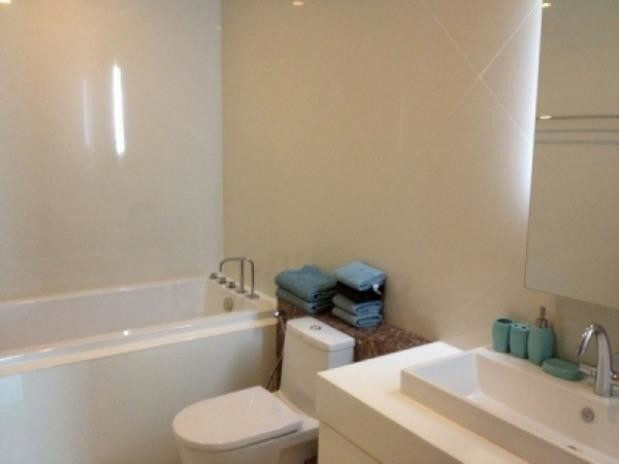 The Sanctuary - For Sale or Rent 2 Beds コンド in Bang Lamung, Chonburi, Thailand | Ref. TH-UNKMRFRW