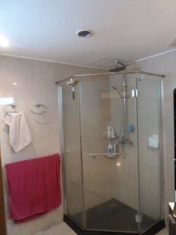 Pattaya Tower - For Sale 2 Beds コンド in Bang Lamung, Chonburi, Thailand | Ref. TH-DOKFWTWW
