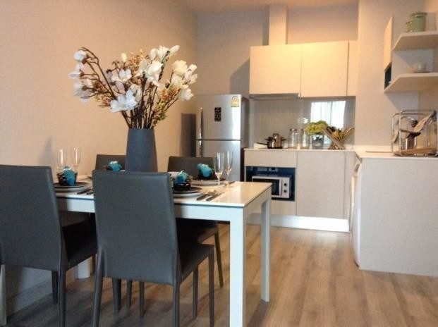 Centric Sea - For Sale or Rent 2 Beds Condo in Bang Lamung, Chonburi, Thailand | Ref. TH-GGFIDMSV
