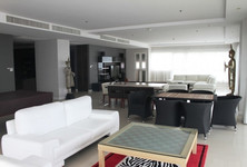 For Rent 4 Beds Condo in Sattahip, Chonburi, Thailand