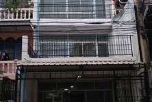 For Rent 2 Beds Townhouse in Rat Burana, Bangkok, Thailand