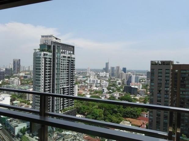 The Madison - Продажа или аренда: Кондо с 3 спальнями возле станции BTS Phrom Phong, Bangkok, Таиланд | Ref. TH-EVBNVOYT