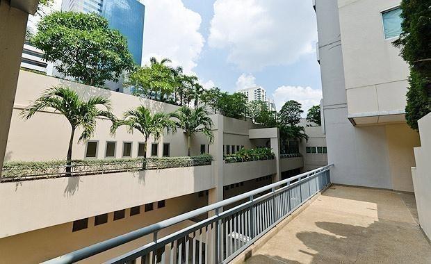 แกรนด์ พาร์ค วิว - ขาย หรือ เช่า คอนโด 3 ห้องนอน ติด MRT เพชรบุรี   Ref. TH-LIPINYSQ