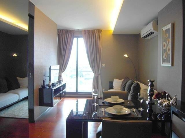 The Address Sukhumvit 61 - For Sale or Rent 1 Bed Condo Near BTS Ekkamai, Bangkok, Thailand | Ref. TH-ATDTBLID