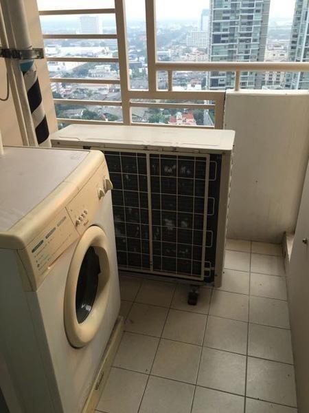 Condo One X Sukhumvit 26 - For Sale or Rent 1 Bed Condo in Khlong Toei, Bangkok, Thailand | Ref. TH-ZEMTGKLY