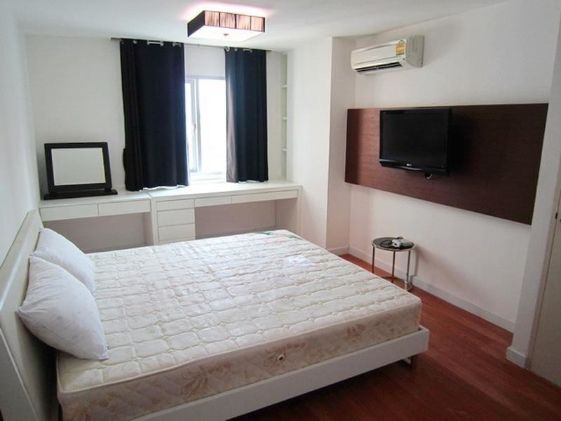 Condo One Sukhumvit 52 - For Sale or Rent 1 Bed Condo Near BTS On Nut, Bangkok, Thailand | Ref. TH-DUEOGYJY