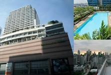 For Sale or Rent 1 Bed Condo Near MRT Phetchaburi, Bangkok, Thailand