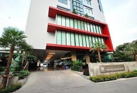 For Sale or Rent 1 Bed コンド Near MRT Huai Khwang, Bangkok, Thailand