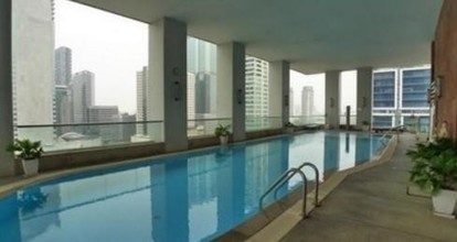 Located in the same area - Silom Suite