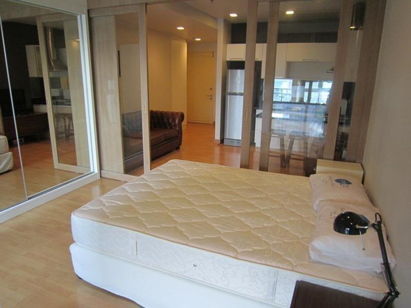 Nusasiri Grand - For Sale or Rent 1 Bed Condo Near BTS Ekkamai, Bangkok, Thailand | Ref. TH-KHSTFFXK