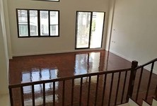 For Rent 3 Beds Townhouse in Wang Thonglang, Bangkok, Thailand