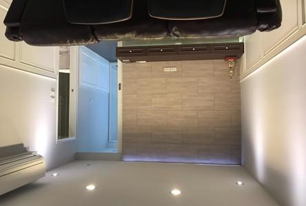 В аренду: Кондо c 1 спальней в районе Bang Rak, Bangkok, Таиланд