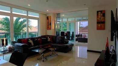 Located in the same building - Siam Ocean View