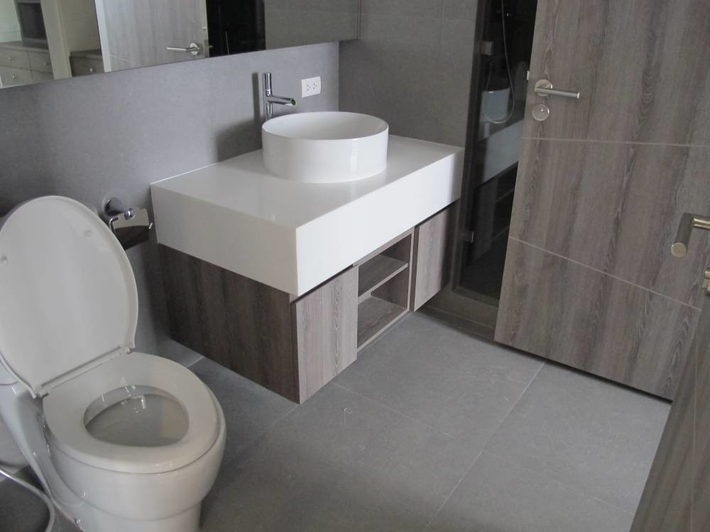 Trapezo Sukhumvit 16 - For Sale or Rent 1 Bed コンド in Khlong Toei, Bangkok, Thailand | Ref. TH-QLGTYOEJ
