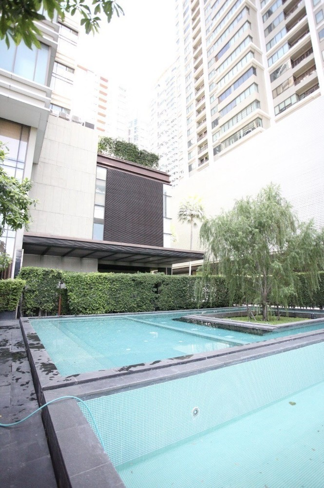 The Emporio Place - For Sale 1 Bed コンド in Khlong Toei, Bangkok, Thailand | Ref. TH-GGVDDBFR