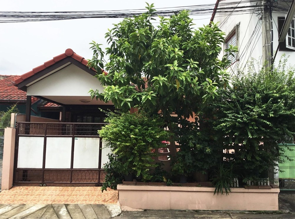 For Sale 2 Beds タウンハウス in Bang Kruai, Nonthaburi, Thailand | Ref. TH-AULLSECW